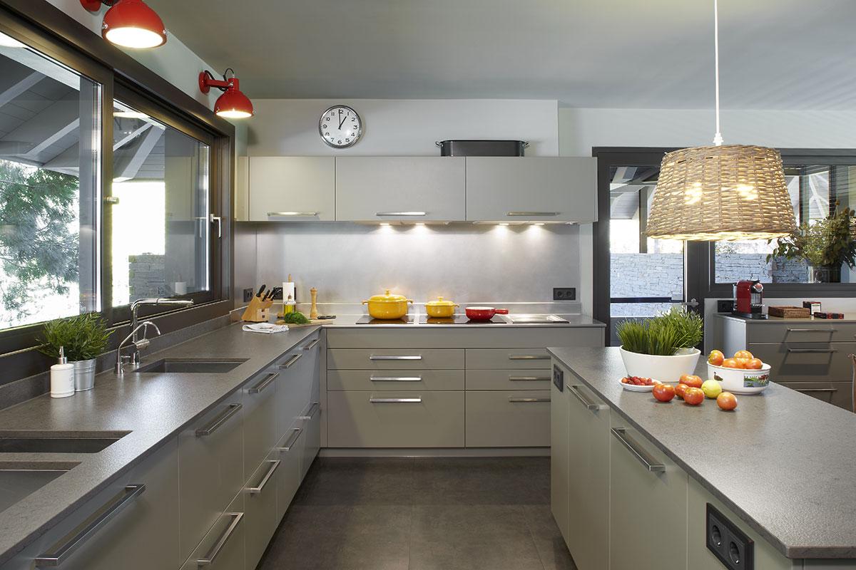 Silestone top cucina rivestimenti interni e for Top cucina amazon
